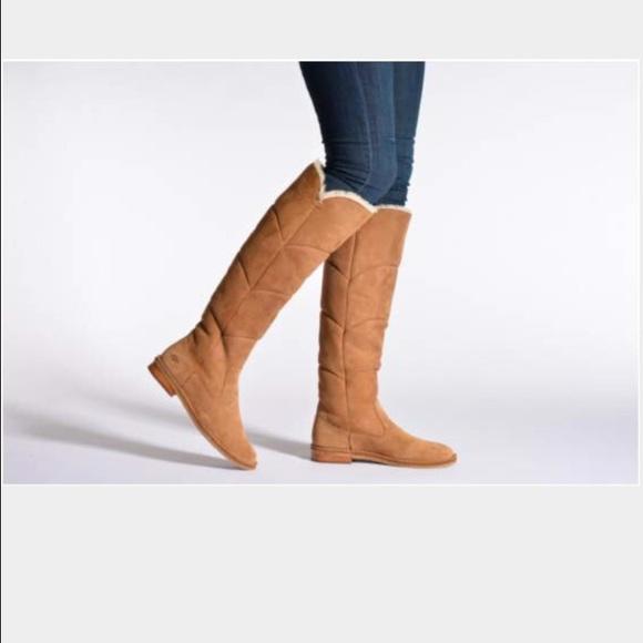 bbab673232f Ugg Samantha boots Boutique