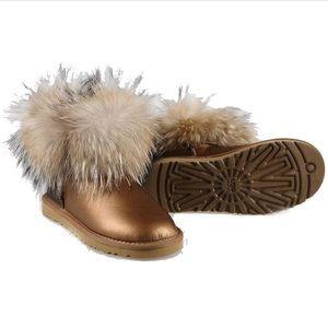 2e444b02ae1 UGG mini fox fur gold metallic NWT
