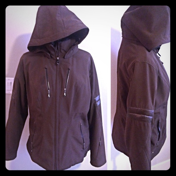d0f4a93f19 Spyder Womens Posh ski Jacket brown size M L. M 56b15d2c729a66088603c6a2