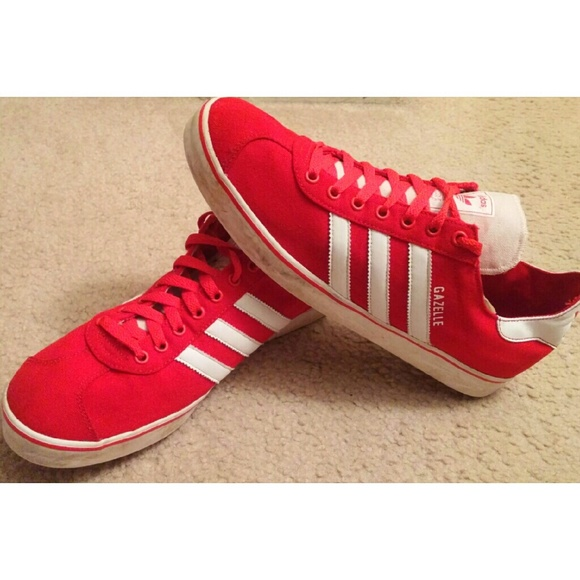 adidas gazelle shoes red