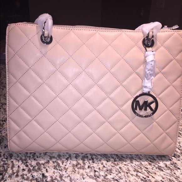 MICHAEL Michael Kors Bags   Brand New Michael Kors Susannah Tote Lg ... d9ffb57dfc
