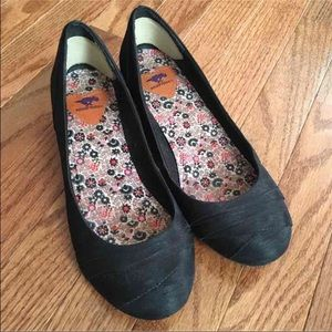Rocket Dog black flats