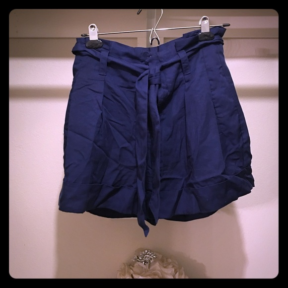 91% off GAP Pants - Cute Navy High-Waist Paper Bag Shorts from ...