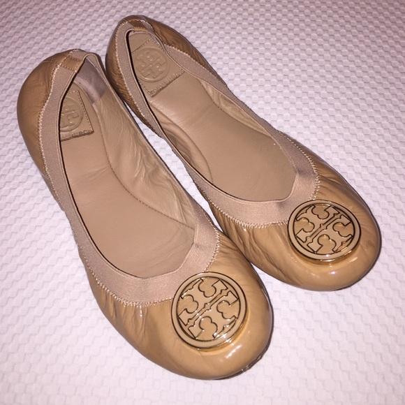 7c4c04a7cc6 Tory Burch Caroline Elastic Nude Ballet Flats 10. M 56b17dc3fbf6f93e77013f91
