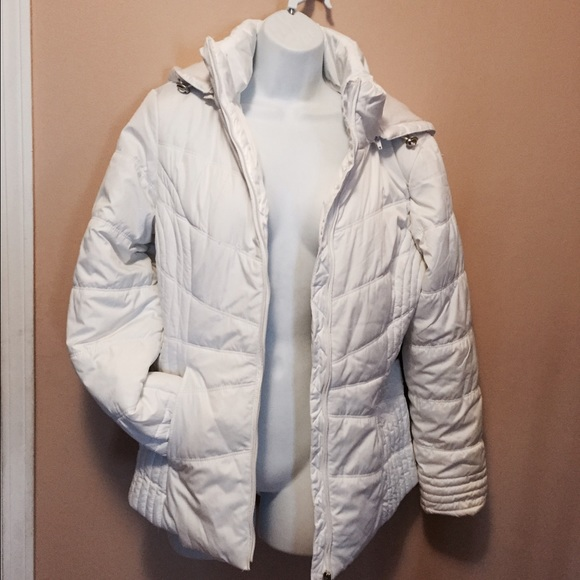 01dbddb8c Women's Coat Jacket S White St. John's Bay Quilted NWT