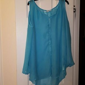 Tops - Beautiful blue sheer cold shoulder top