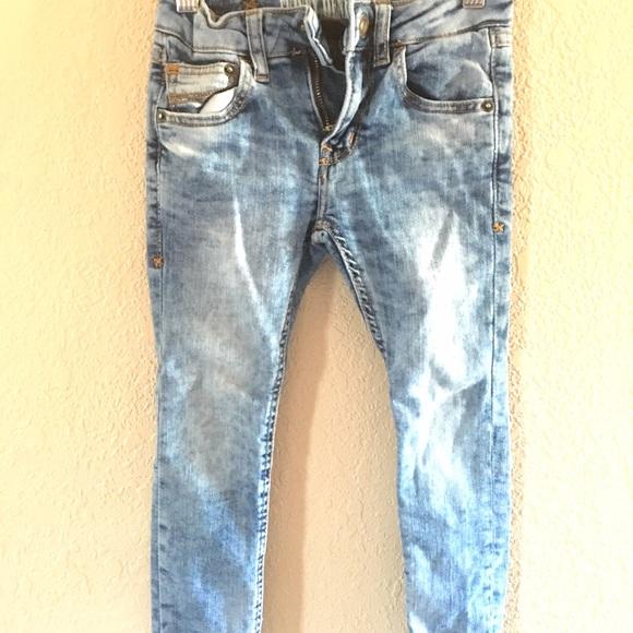 e140585e2 Zara Boys Skinny Denim Jeans. M_56b24b9578b31c3ec10058d7