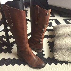 Arturo Chiang brown leather boots