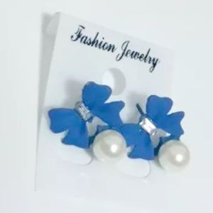 Cute Blue Pearly Crystal Bow Earrings