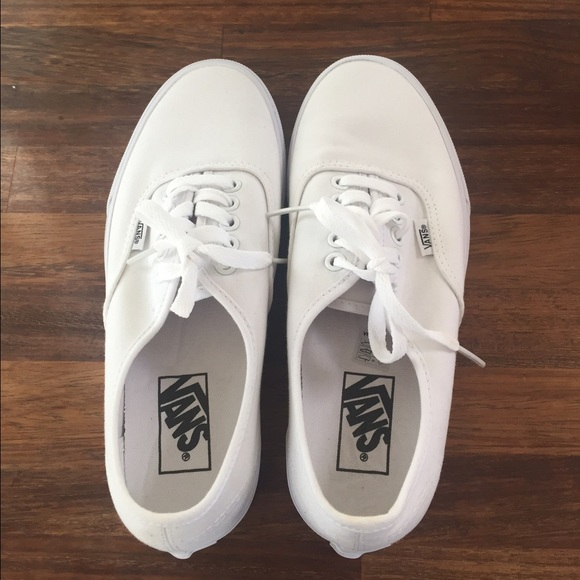 e04f0fe786 Vans Shoes - White Vans - Never Worn