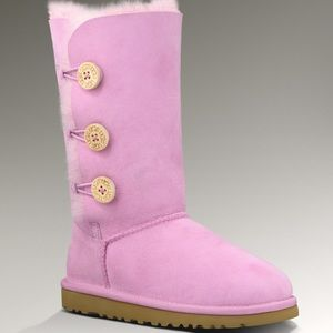 UGG Shoes - Pink UGG BOOTS  🎀💓RARE🎀💓