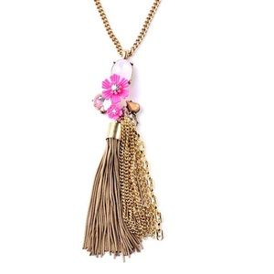 Jewelry - 👍Host Pick👍Blooming Flowers Long Tassel Necklace