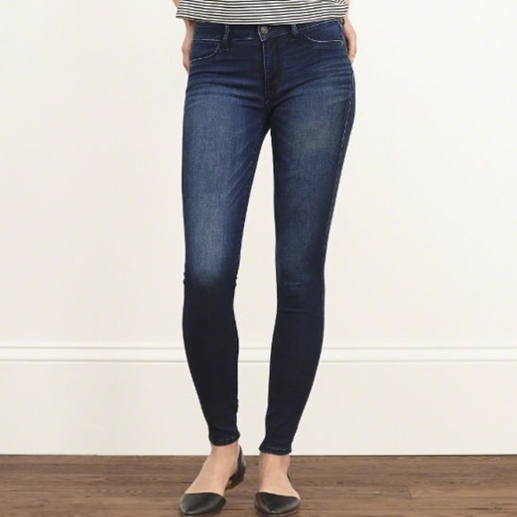 aaf59b0fd04 Abercrombie   Fitch Jeans