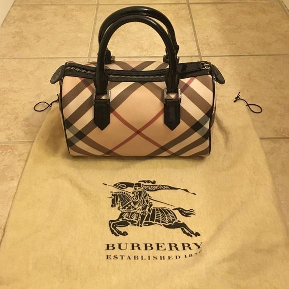 Burberry Bags   Nova Check Handbag   Poshmark 4416e481f0