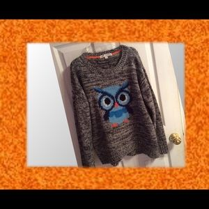 Sweaters - Funky owl sweater!