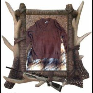 Sweaters - Brown cable knit sweater.