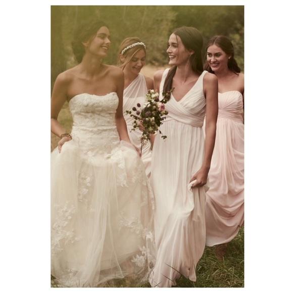 400c511039d David s Bridal Dresses   Skirts - David s Bridal    Long Mesh Dress Cowl  Back Detail