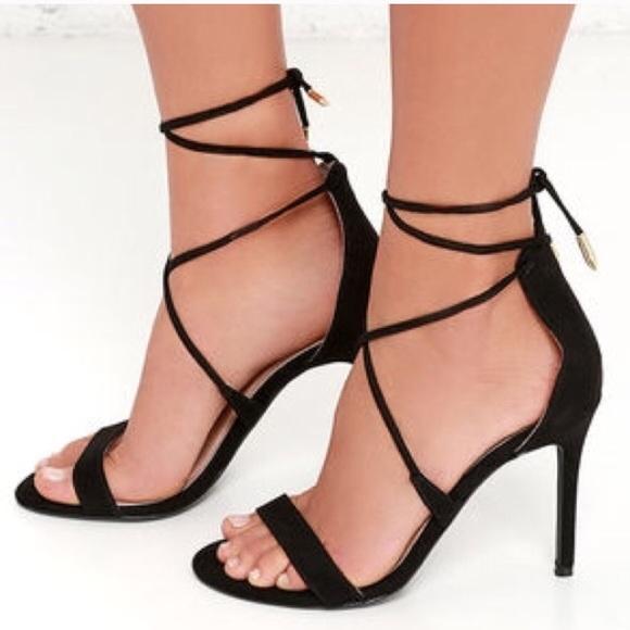 e9fe4050a55 Lulu's black strappy heels NWT