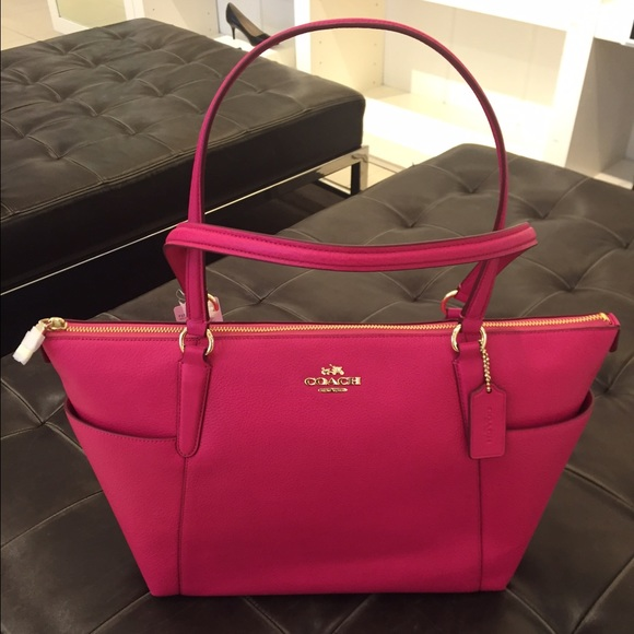 coach factory outlet stores locations o0hm  pink coach tote