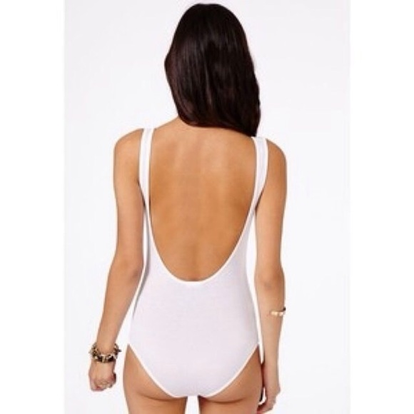 92bb7826f5 Silky taupe Backless bodysuit. M 56b2f5f5d3a2a7e88c00dae1