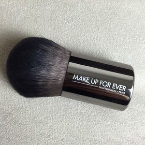 Makeup Forever Other - $35 Makeup Forever 124 Powder Kabuki Brush