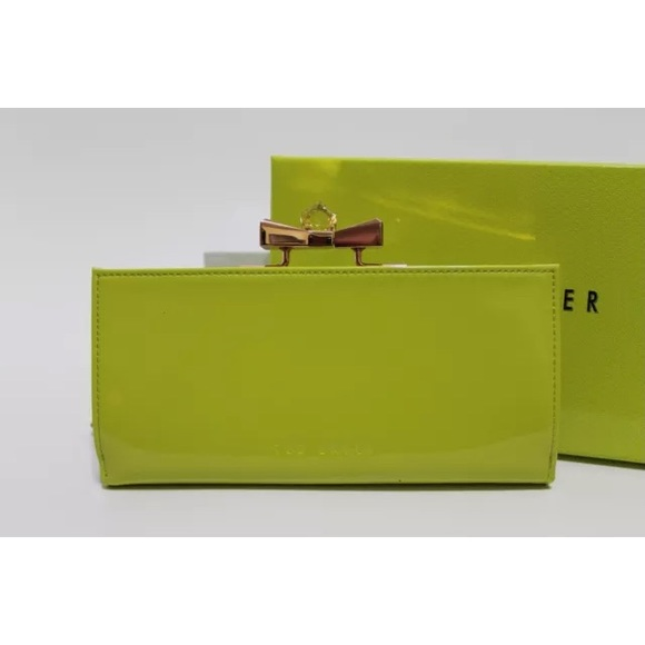 ca0e48d2acc37 Ted Baker Bright Green Patent Bow Popper Matinee