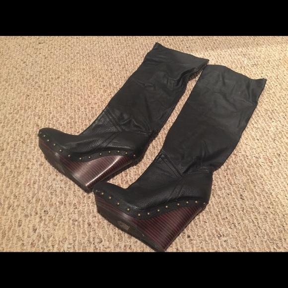 8d0819f05c98 Victoria s Secret Wedge Boots. M 56b350645c12f8859c012036
