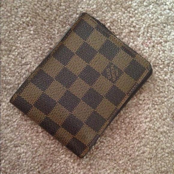 b101fbfc6e82f Louis Vuitton Handbags - Lv damier ebene bifold multiple wallet