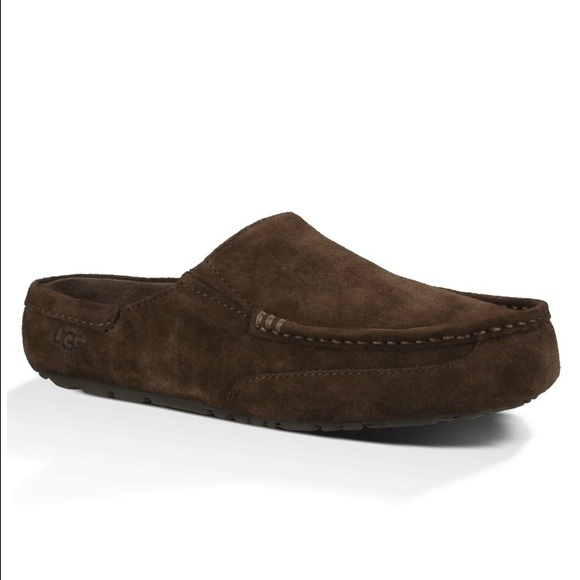 NWT: UGG Men's Alamar Stout Suede Slippers