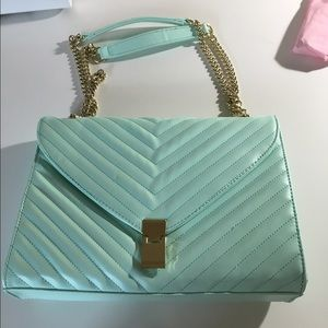 💖Today Only💖 Mint Green purse