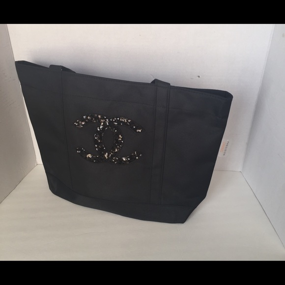 CHANEL Bags   Vip Gift Precision Beauty Tote Bag   Poshmark 8b71a6c534