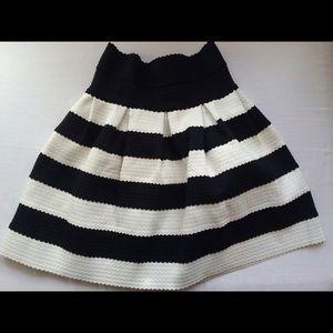 Savoy Dresses & Skirts - Anthropologie scalloped stripe skirt
