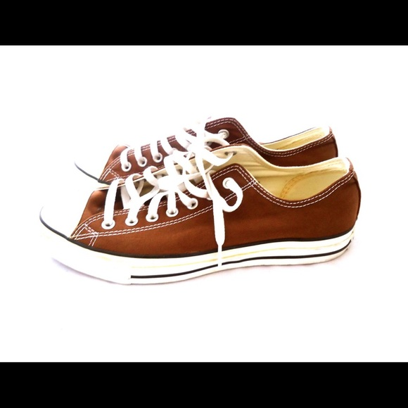 31 converse other converse brown tennis shoes lace