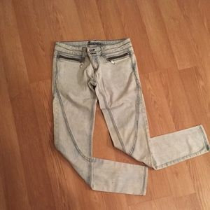 CarMar Denim - LF Carmar light wash jeans with zipper pockets