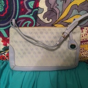 Cute Dooney &Bourke clutch