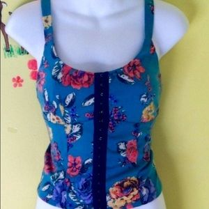 Blue corset style Floral eyelet crop tank top M