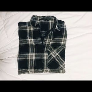 3/4 sleeve plaid buttondown