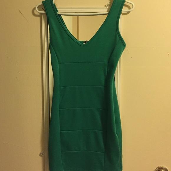Tobi Dresses & Skirts - Body con dress