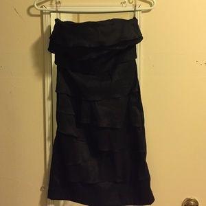 Ruffley strapless dress