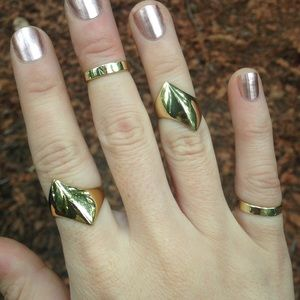 Sunahara Jewelry Jewelry - SunaharA Geary Midi Ring in Gold tone