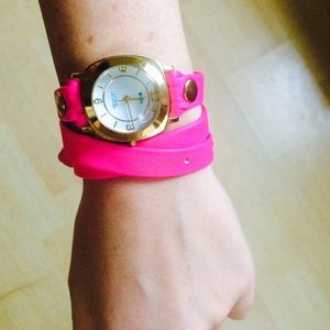 La Mer hot pink wrap watch