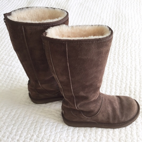 77592bb1fca UGG Brown Tall Boots with Back Zip