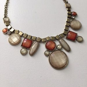 Jewelry - Neutral Statement Necklace