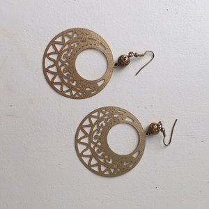 Jewelry - Gold Statement Earrings
