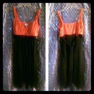 Dresses & Skirts - NWOT NEVER WORN Beautiful Coral/Black dress