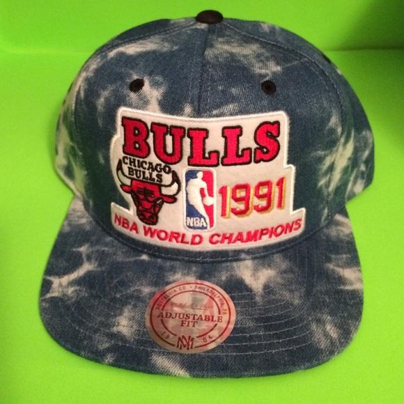 bc8ef9e8c62 Mitchell and Ness Bulls 91 Champs Stonewashed Hat