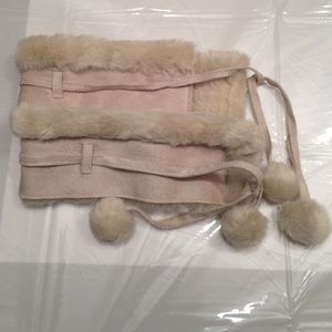 Shoes - Adorable changeable fux-fur boot covers