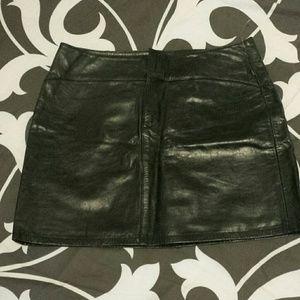 Gap leather mini NWOT