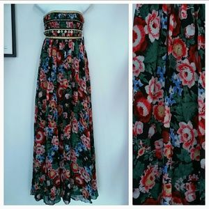 LAST 2🌹HP🌹Gypsey Maxi Dress🌟🌟🌟🌟🌟5 stars