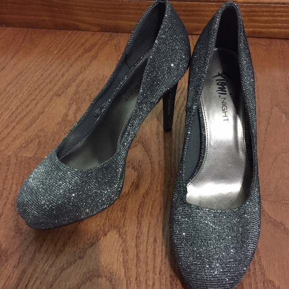 96caf9cdc37 Sparkly Charcoal Prom/Homecoming Heels